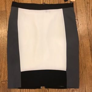 Grey white and black skirt-zip all the way up back